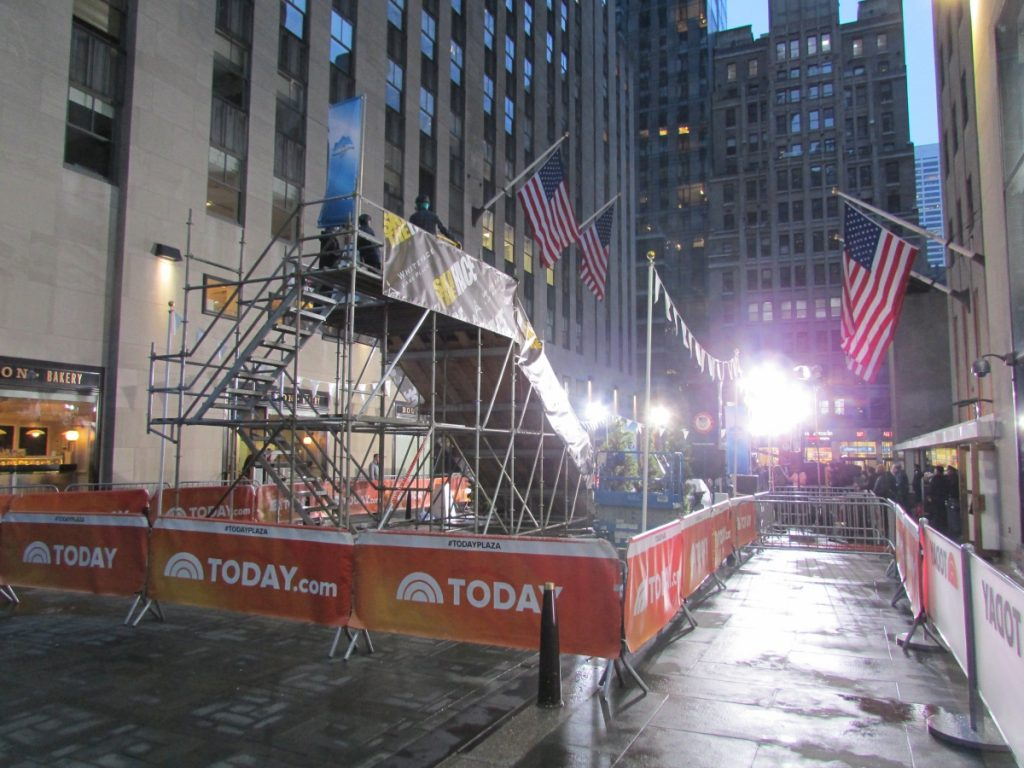 Today Show ski ramp scaffold